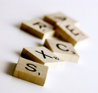 200px-scrabble_tiles_wooden